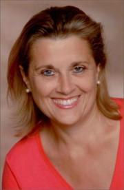 Marida Merziger ist staatlich geprüfte Masseurin, ärztlich geprüfte Lymphdrainagen- und Ödemtherapeutin, Reflexzonentherapeutin nach Hanne Marquardt und Meridiantherapeutin nach Lüth.